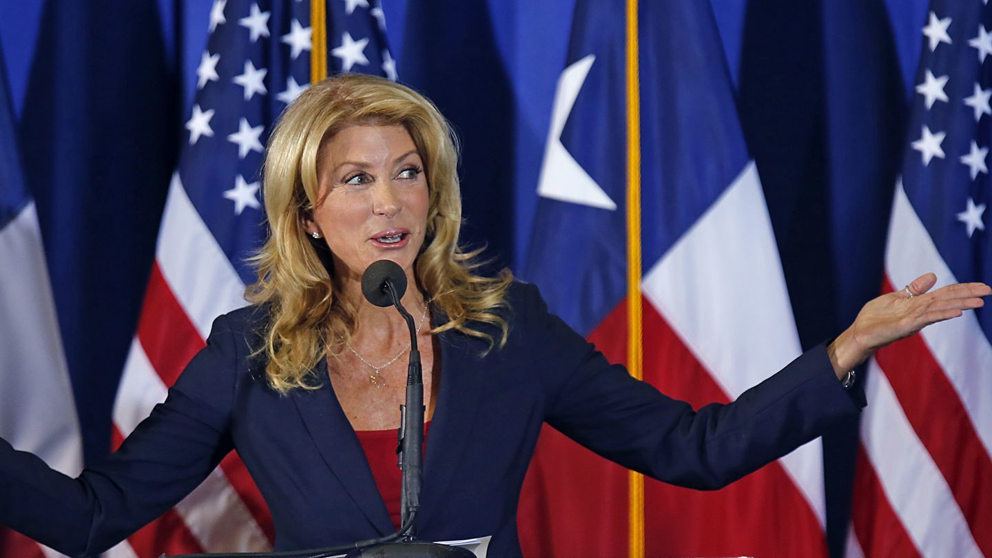 Wendy Davis Wants to Get More Young Women Interested in Politics